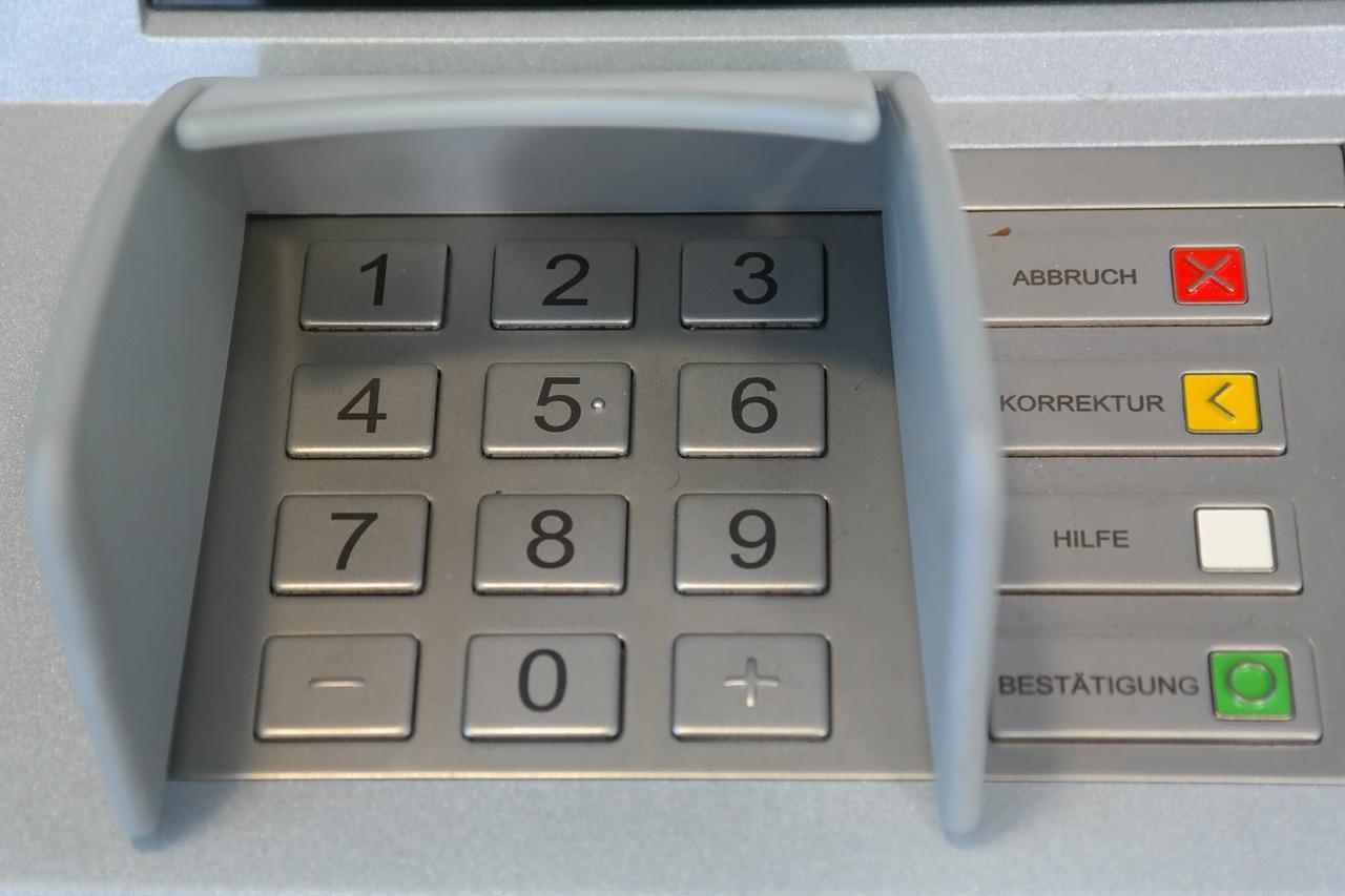 Geldautomat Aufsteller Bedienfeld