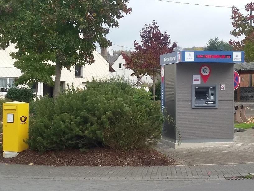moneyserv-Geldautomat in Gonzerath Seitenansicht 2